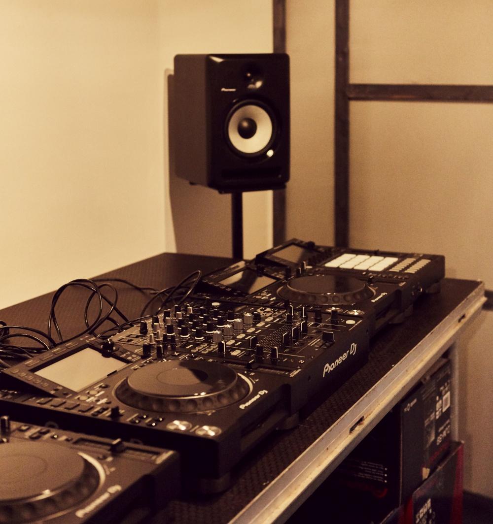 Podcast & DJ Raum